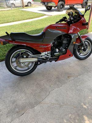 1984 Kawasaki Ninja GPz900R for Sale in San Antonio, TX