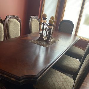 Dining Table with eight chairs for Sale in West Bloomfield Township, MI