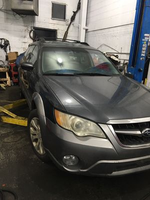 2008 Subaru Outback LL bean edition for Sale in The Bronx, NY