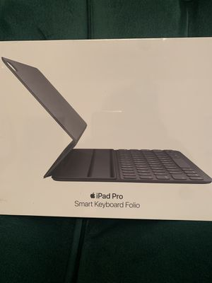 iPad Pro Smart Keyboard Folio 11 inch for Sale in Chelsea, MA