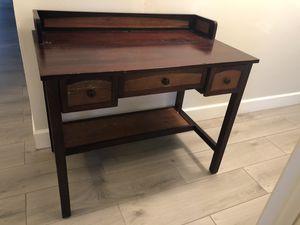 Desk for Sale in Tamarac, FL
