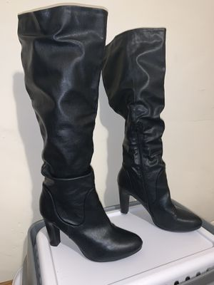 Black boots for Sale in Mount Vernon, NY
