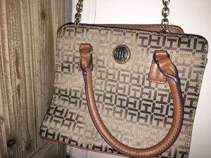 Tommy Hilfiger Shoulder Bag Or Purse. for Sale in Mabelvale, AR