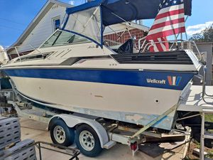 Wellcraft,Aruba 25 foot 1988 for Sale in Philadelphia, PA