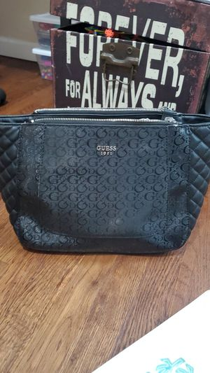 Guess purse for Sale in Downey, CA