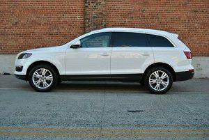 {{ 2O10 Audi Q7 }} for Sale in Miami, FL