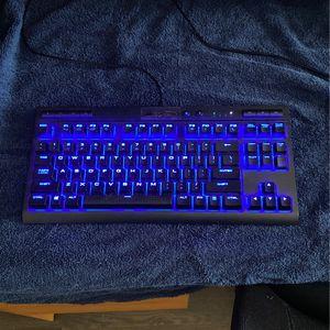 Keyboard Corsair K63, Black ,Lights Up Blue for Sale in Wildomar, CA