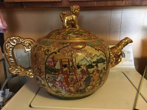 Large Royal Satsuma Teapot for Sale in Florence, SC