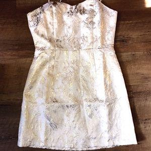 Gold and Cream Formal mini Dress Size Medium for Sale in Powder Springs, GA