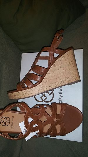 DAISY FUENTES WEDGE HEELS for Sale in Slidell, LA
