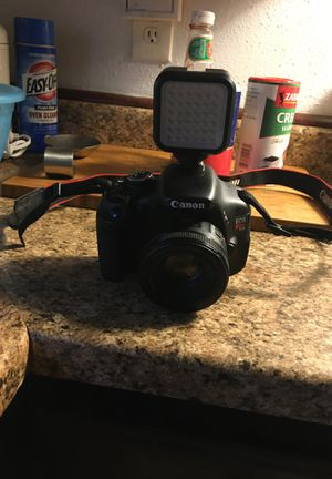 canon eos rebel t3i for Sale in Houston, TX
