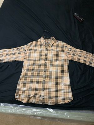 Burberry dress shirt for Sale in Salida, CA