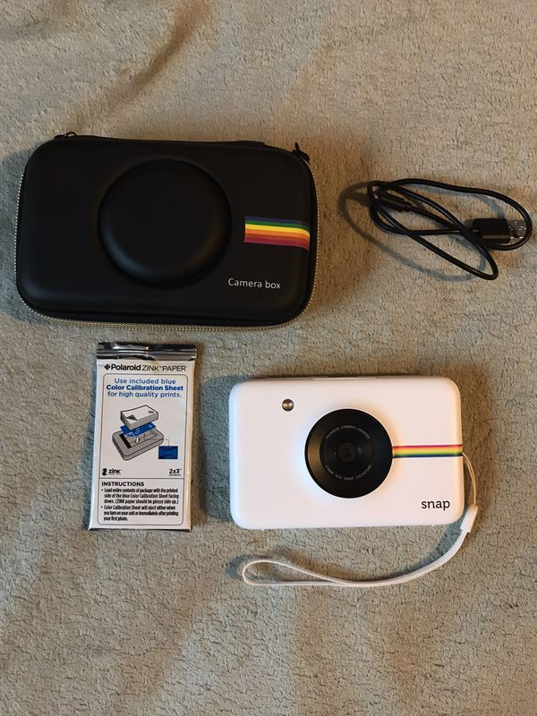 🌟price is negotiable🌟!!! Polaroid instant camera bundle !! Read description !
