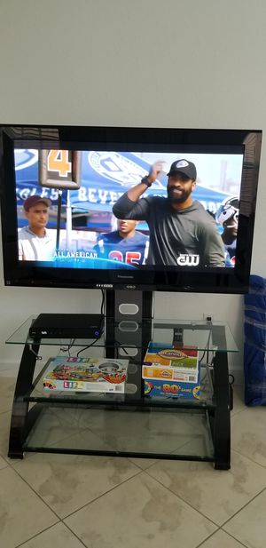 """Panasonic 50"""" Plasma HDTV with Stand for Sale in Miami Gardens, FL"""