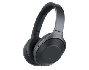 Sony WH-1000XM2 Noise Canceling Headphone Black for Sale in Garland, TX