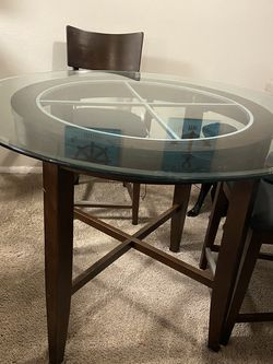 Counter Height Kitchen Table for Sale in Clearwater,  FL