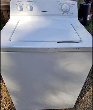 Ugly older washer dryer set for Sale in Dallas, TX