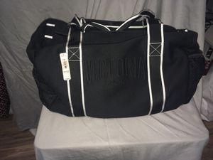 Victoria Secret duffle bag for Sale in Dallas, TX