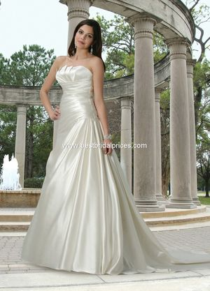 New Davinci Wedding Dress, Style 50046, White, Size 14 for Sale in Denver, CO