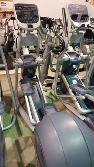 Precor efx 833 elliptical fixed arm for Sale in Pompano Beach, FL