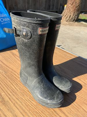 Hunter Rain Boots. SZ-3. AS IS,........ for Sale in Fresno, CA
