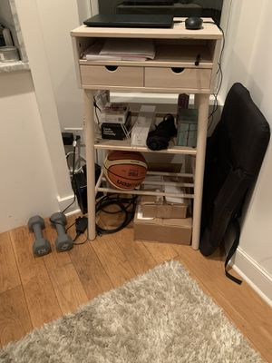Standing desk! Great condition! Lots of storage! for Sale in New York, NY