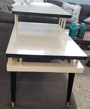 """Antiqe End Table 17""""×29""""×21"""" for Sale in Arvada, CO"""