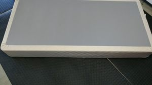 Symbol Mattress Twin XL box base for Sale in Lakewood, CA