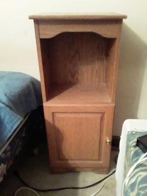 Night stand for Sale in Woodstock, GA