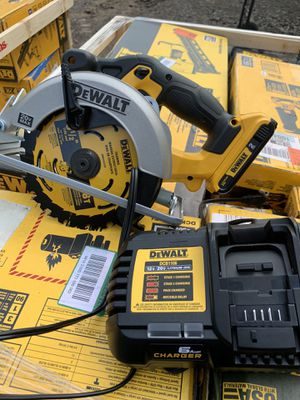 Dewalt 6-1/2 circular saw with battery and fast charger not negotiable brand new for Sale in Plant City, FL