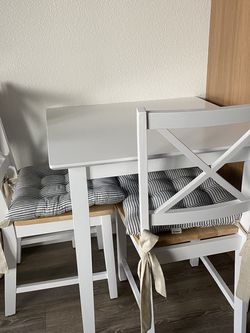 Small Dining Set from Target for Sale in Portland,  OR