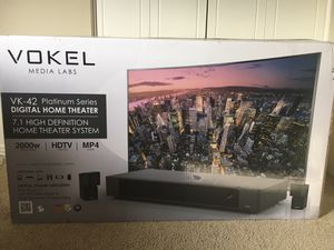 Mint condition home theater system for Sale in La Jolla, CA