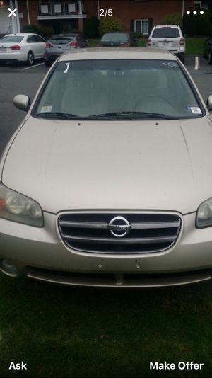 2002 Nissan Maxima clean title for Sale in Waltham, MA