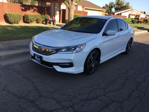 Honda Accord sport 2017 for Sale in Reedley, CA