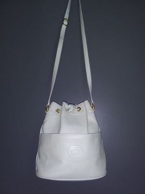 Vintage Gucci Bucket Bag for Sale in Philadelphia, PA