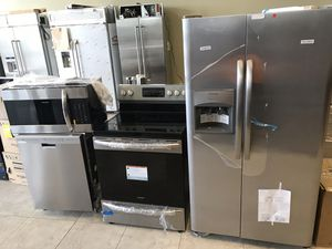 New Open Box and Scratch or Dent Kitchen Appliances Package Frigidaire for Sale in Lake Worth, FL