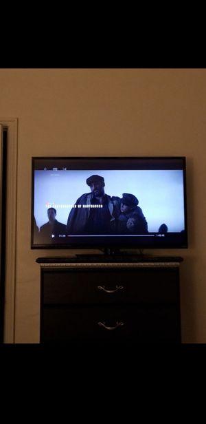 """42"""" Vizio HD smart LED TV w/ remote for Sale in Fresno, CA"""