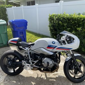 BIKE BMW R NINE T RACER for Sale in Miami, FL