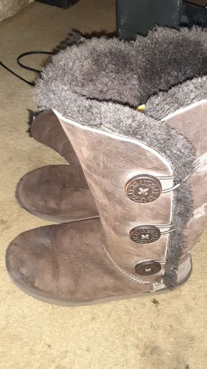 UGG 1873CHO: Bailey Button Triplet Womens Chocolate Boots Uggs for Sale in Austin, TX