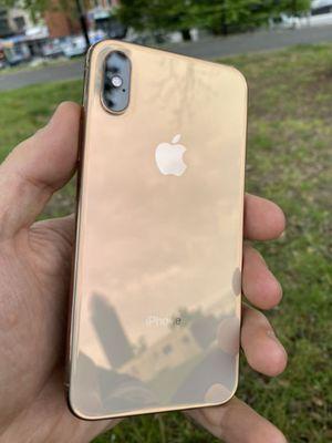 iPhone Xmas for Sale in Morgantown, WV