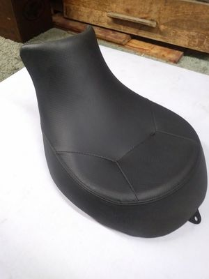 Kawasaki valcan motorcycle seat for Sale in Fontana, CA
