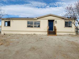Manufactured Home / Casa Manufacturada for Sale in West Richland, WA
