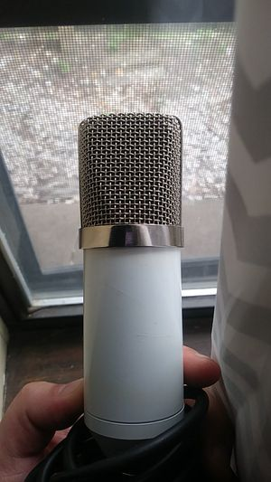 Studio quality condencer microphone for Sale in Joplin, MO