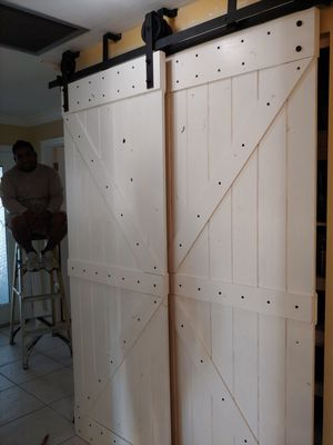 BIPASS BARN DOORS WITH PULLEY WHEEL BLACK HARDWARE. 84X32 WIDE. BRAND NEW for Sale in Cape Coral, FL