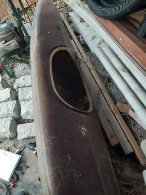 Older kayak needs tlc for Sale in Pittsburgh, PA