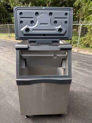 Scotsman b530s ice bin 440 lb for Sale in New Bedford, MA