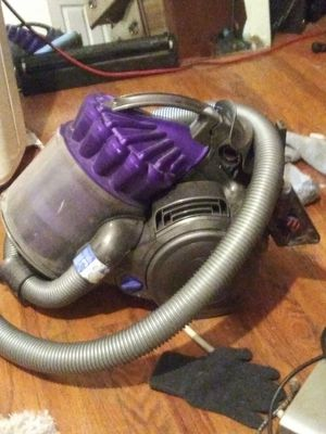Dyson kinectic ball multi floor vacumm for Sale in Aurora, CO