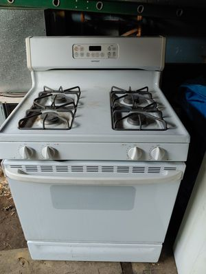 Hot point gas stove for Sale in Mount Morris, MI