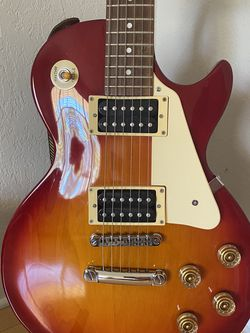 Epiphone Les Paul Electric Guitar for Sale in Tampa,  FL