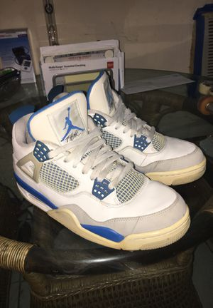 2012 Jordan milatary 4s size 9 for Sale in Miami, FL